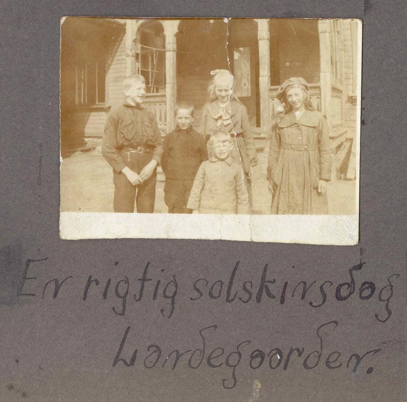 ungene i Landegården.jpg